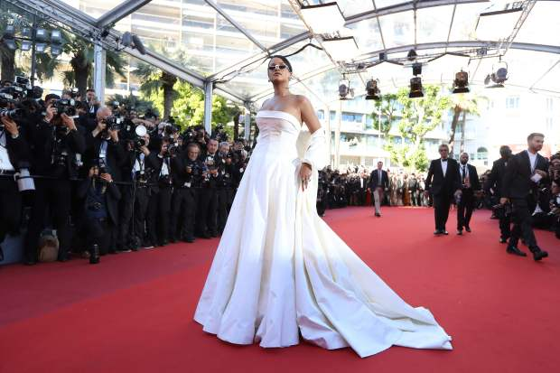 Barbadian singer Rihanna poses as she arrives on May 19, 2017 for the screening of the film 'Okja' at the 70th edition of the Cannes Film Festival in Cannes, southern France. / AFP PHOTO / Valery HACHEVALERY HACHE/AFP/Getty Images