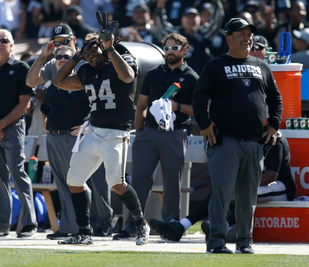 Oakland Raiders' Marshawn Lynch (24) dances during a time out during their game against the New York Jets in the fourth quarter of their NFL game at the Oakland Coliseum in Oakland, Calif. on Sunday, Sept. 17, 2017. (Nhat V. Meyer/Bay Area News Group)