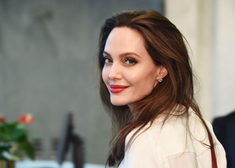 Angelina Jolie的圖片搜尋結果