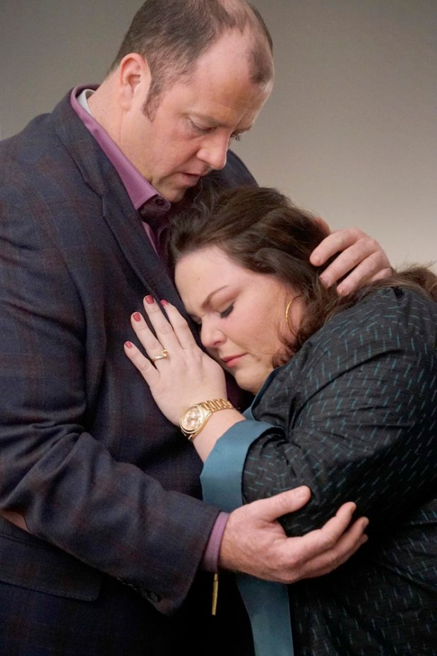 """""""This Is Us"""" episode """"What Now?"""" with Chris Sullivan as Toby, Chrissy Metz as Kate -- (Photo by: Paul Drinkwater/NBC)"""