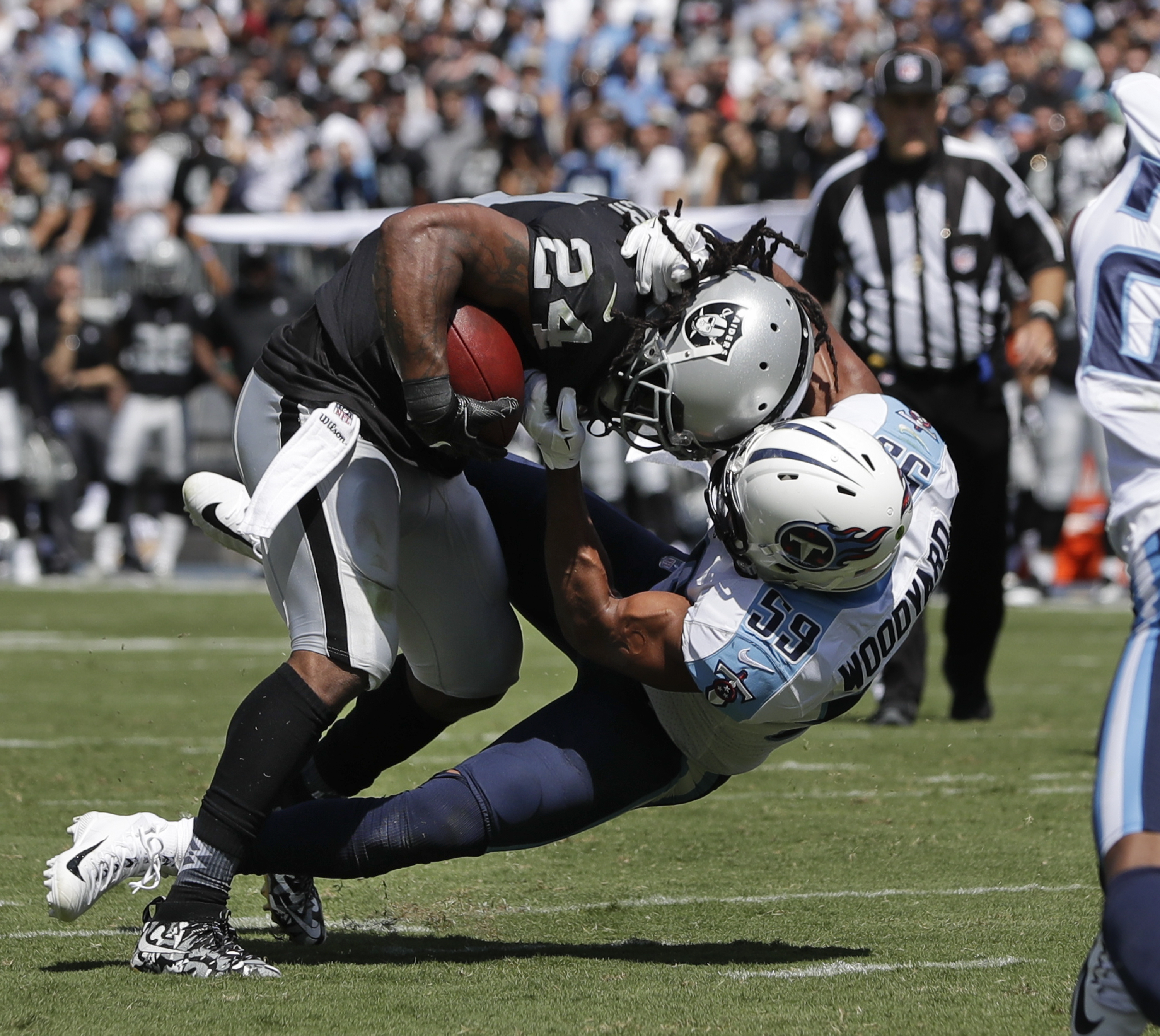 Oakland Raiders Open Season with a Win in Tennessee
