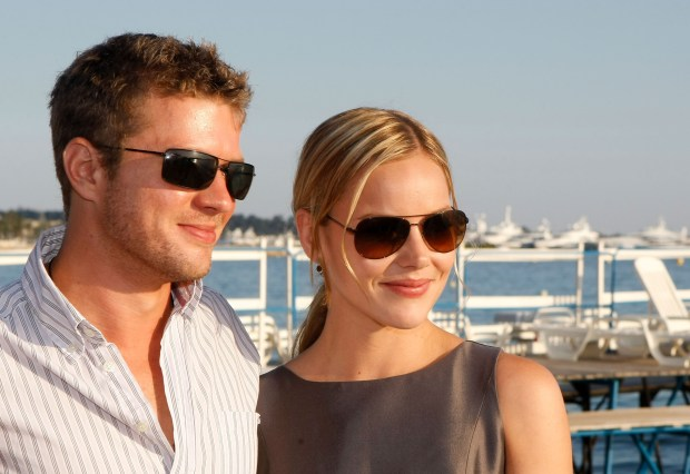 CANNES, FRANCE - MAY 16: Actors Ryan Phillippe and Abbie Cornish attend The Bang Bang Club Cocktail Reception held at the La Plage du Petit Club - Croisette Beach during the 62nd International Cannes Film Festival on May 16, 2009 in Cannes, France. (Photo by Michael Buckner/Getty Images)