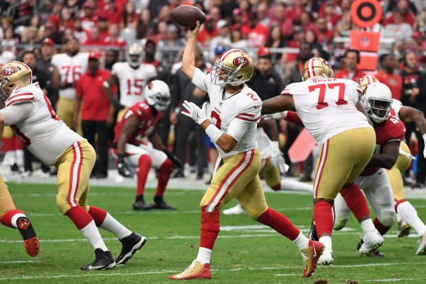 GLENDALE, AZ - OCTOBER 01: Quarterback Brian Hoyer #2 of the San Francisco 49ers throws a pass during the first half of the NFL game against the Arizona Cardinals at the University of Phoenix Stadium on October 1, 2017 in Glendale, Arizona. (Photo by Norm Hall/Getty Images)