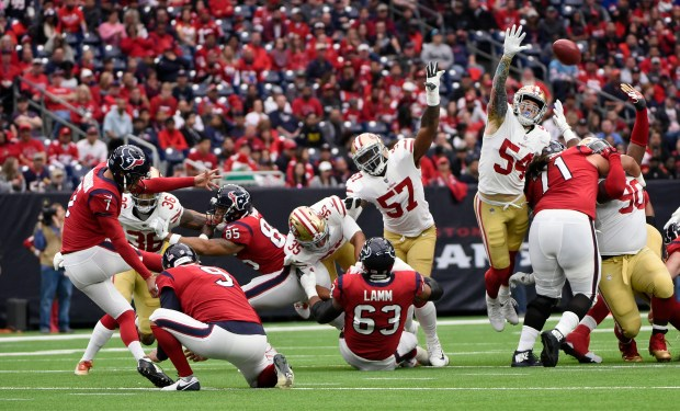 Houston Texans kicker Ka'imi Fairbairn (7) kicks a 53-yard field goal during the first half of an NFL football game against the San Francisco 49ers, Sunday, Dec. 10, 2017, in Houston. (AP Photo/Eric Christian Smith)