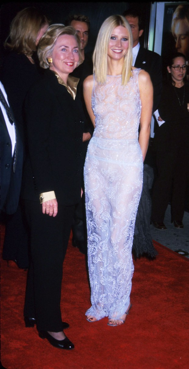 Actress Gwyneth Paltrow stands with first lady Hillary Rodham Clinton as they arrive for the Shakespeare in Love premeire at the Ziegfeld Theatre in New York City December 3, 1998. (photo by Dianna Freed)