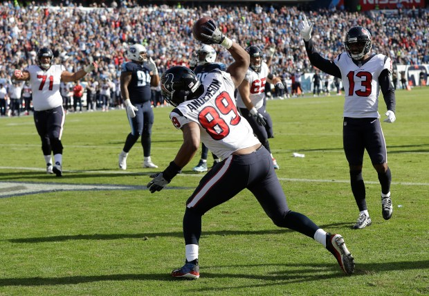 Houston Texans tight end Stephen Anderson (89) celebrates after catching a 4-yard touchdown pass against the Tennessee Titans in the first half of an NFL football game Sunday, Dec. 3, 2017, in Nashville, Tenn. (AP Photo/James Kenney)