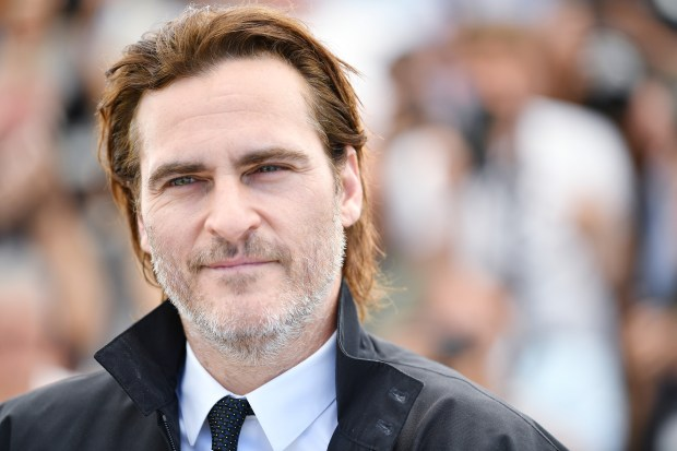 "CANNES, FRANCE - MAY 27: Actor Joaquin Phoenix attends the ""You Were Never Really Here"" photocall during the 70th annual Cannes Film Festival at Palais des Festivals on May 27, 2017 in Cannes, France. (Photo by Pascal Le Segretain/Getty Images)"