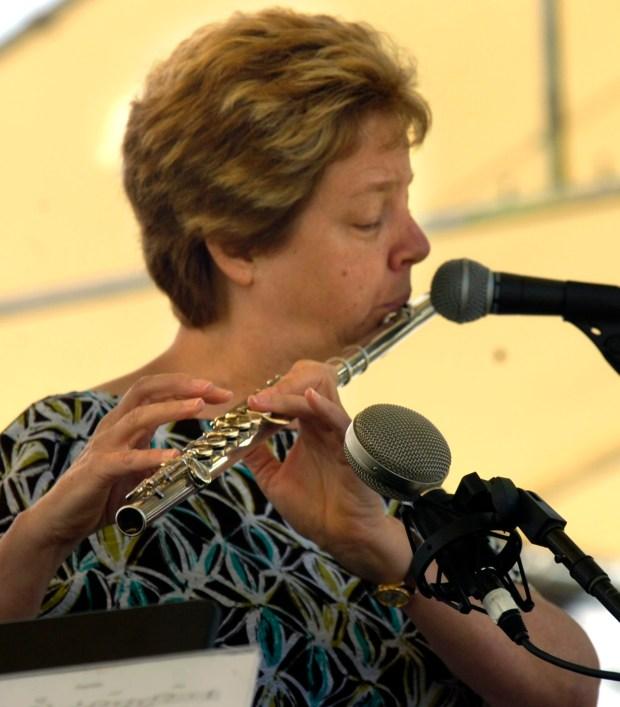 Jazz musician Mary Fettig plays Saturday June 6, 2009 at the Walnut Creek Art and Wine Festival at Heather Farm Park in Walnut Creek Calif. (Dan Rosenstrauch/Staff)