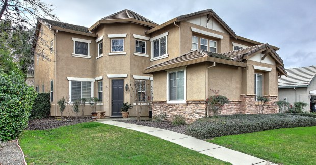 This Roseville home features about 3,610 square feet of living space, plus six bedrooms and four bathrooms.