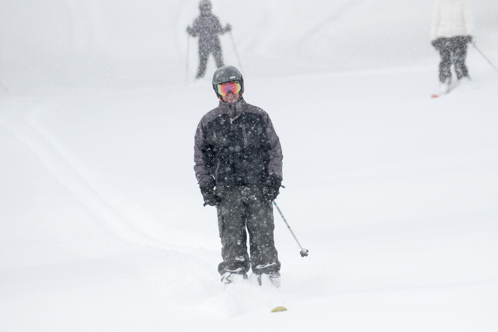 'Avalanche!' Blizzard Leaves 1 Dead at California Ski Resort