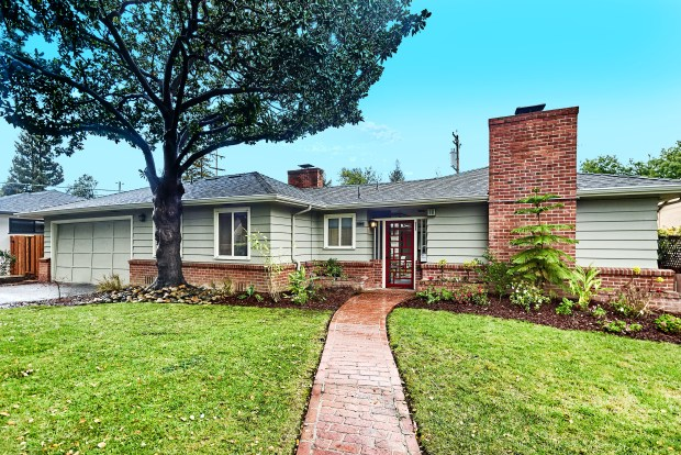 This home is about a three-block walk from San Jose's Municipal Rose Garden, which was officially dedicated in 1937.