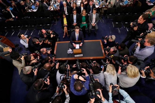 Mark Zuckerberg in Senatte