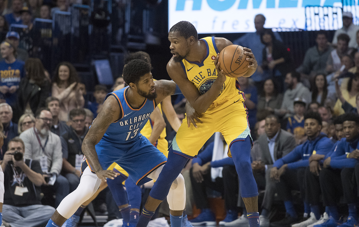 Durant, Thompson Help Golden State Warriors Beat San Antonio Spurs