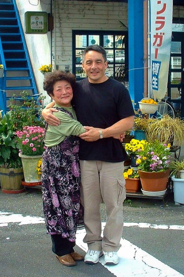 Bruce Hollywood with his mother, Nobue Ouchi. MUST CREDIT: Courtesy of Bruce Hollywood.