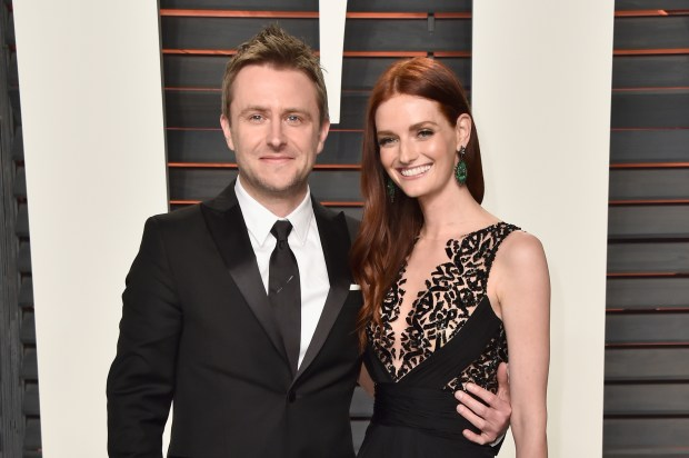 BEVERLY HILLS, CA - FEBRUARY 28: Nerdist Industries founder/CEO Chris Hardwick (L) and Lydia Hearst attend the 2016 Vanity Fair Oscar Party Hosted By Graydon Carter at the Wallis Annenberg Center for the Performing Arts on February 28, 2016 in Beverly Hills, California. (Photo by Pascal Le Segretain/Getty Images)