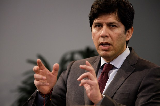 California Senate President pro Tempore Kevin De Leon, who is running to replace U.S. Sen. Dianne Feinstein, addresses his keynote speech at the Silicon Valley Council of Nonprofits' Health & Housing Summit on Feb. 2, 2018 in Santa Clara. (Dai Sugano/Bay Area News Group)