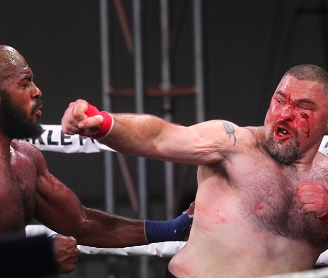 Dj Linderman Right Fights Arnold Adams In The Heavyweight Quarterfinal During The Bare Knuckle Fighting Championship On Saturday June 2 2018
