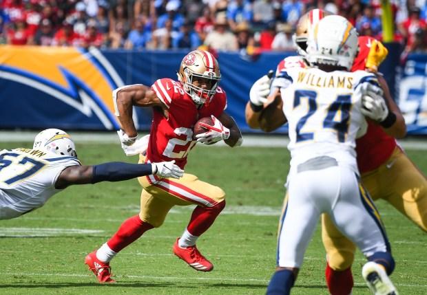 Running back Matt Breida #22 of ...