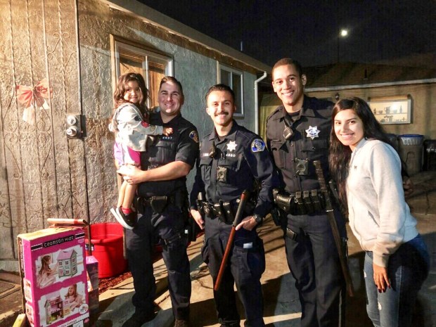 San Jose police replace family's Christmas gifts lost in car
