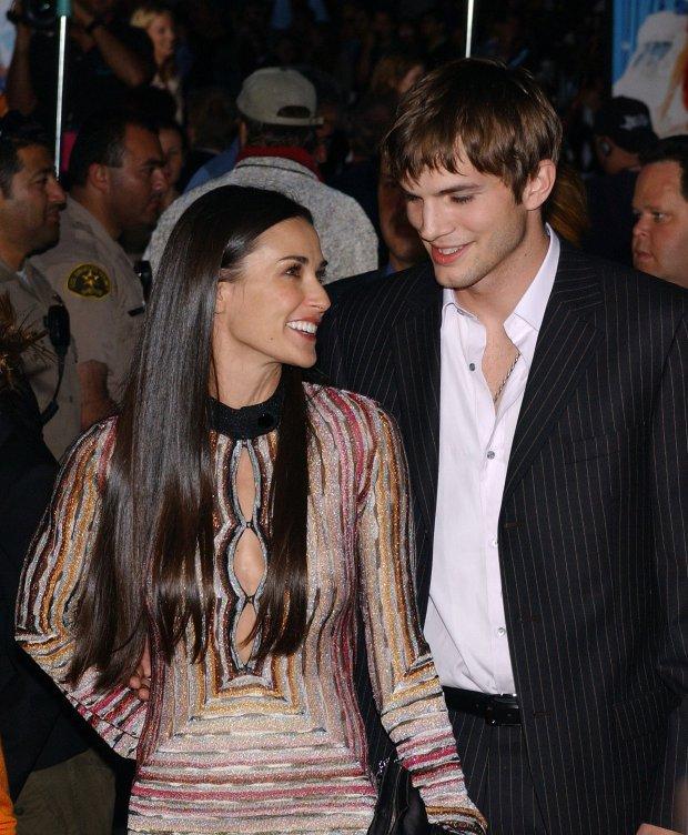 Mila Kunis et Ashton Kutcher Dating 2013