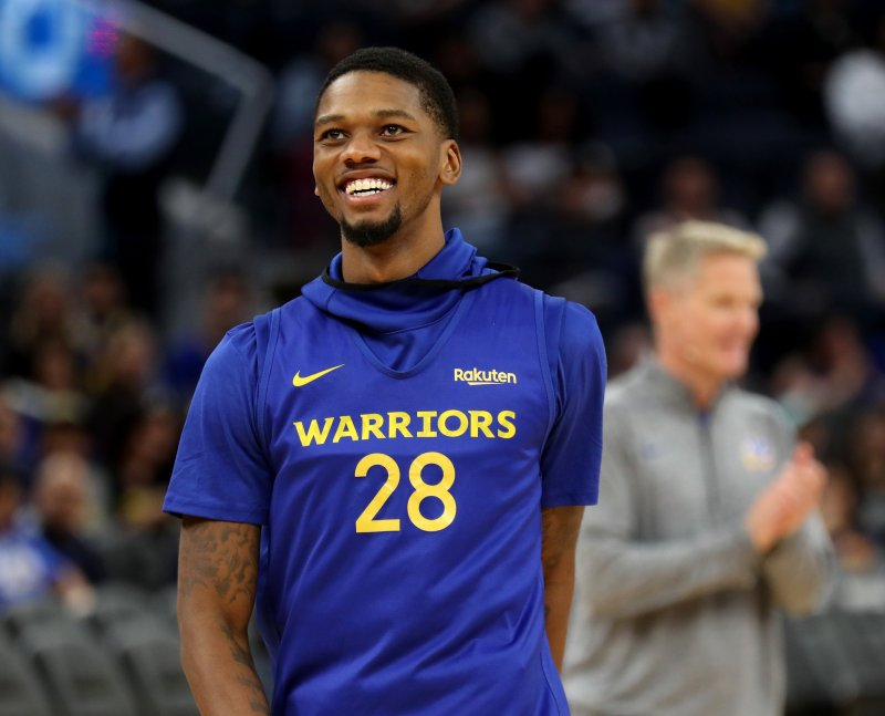 Alfonzo McKinnie to be waived Saturday, Steve Kerr confirms