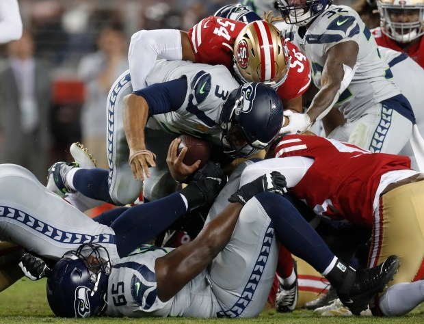 What makes 49ers' Fred Warner the 'best linebacker in ball' — and how he mimics Seahawks' Wagner