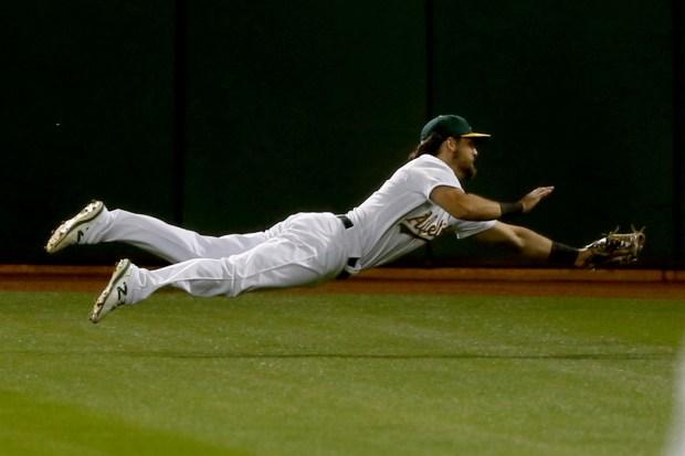 Photos: Oakland Athletics host Houston Astros on Opening Day 6