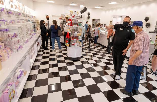 See's Candies at 100: How Mary See and family created a California classic 7