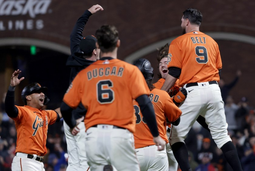 SF Giants' playoff roster: Will McGee, Cueto return in time?