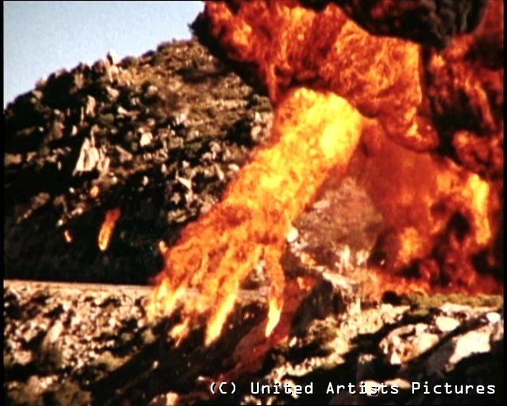 https://i2.wp.com/www.mercuryrapids.co.uk/license-to-kill-flaming-hand1.jpg?resize=720%2C576