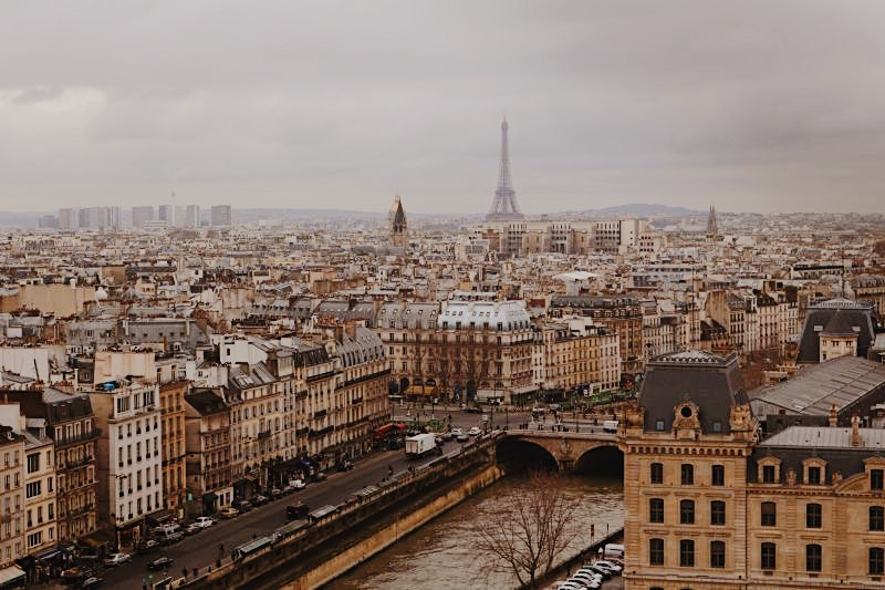 How to save money in Paris (when you're 26 or younger)