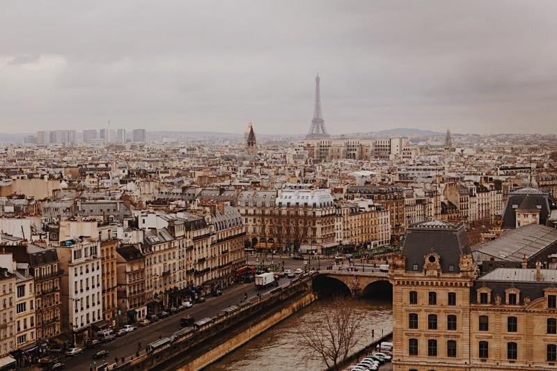 Zo bespaar je geld in Parijs (als je jonger dan 26 jaar bent)