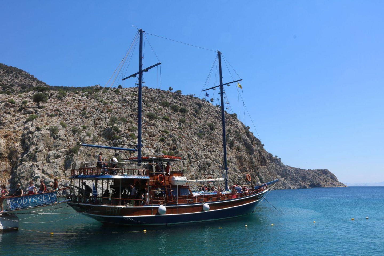 Boat tour Greece