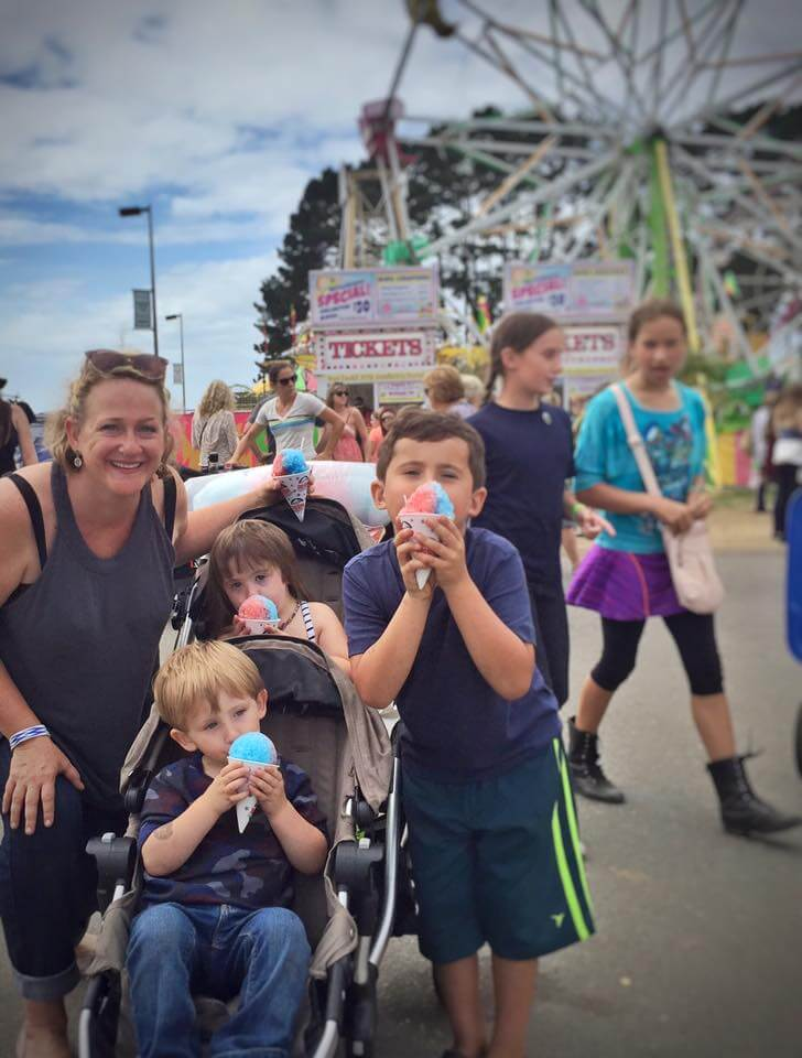 I had the mojo to take the kids to the Humboldt County Fair alone :)