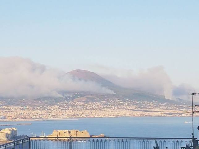 Incendi sul Vesuvio