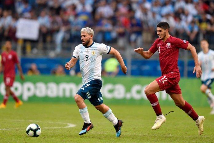 """""""GAUČOSI"""" IDU DALJE: Aguero trasirao put Argentini u četvrtfinale"""