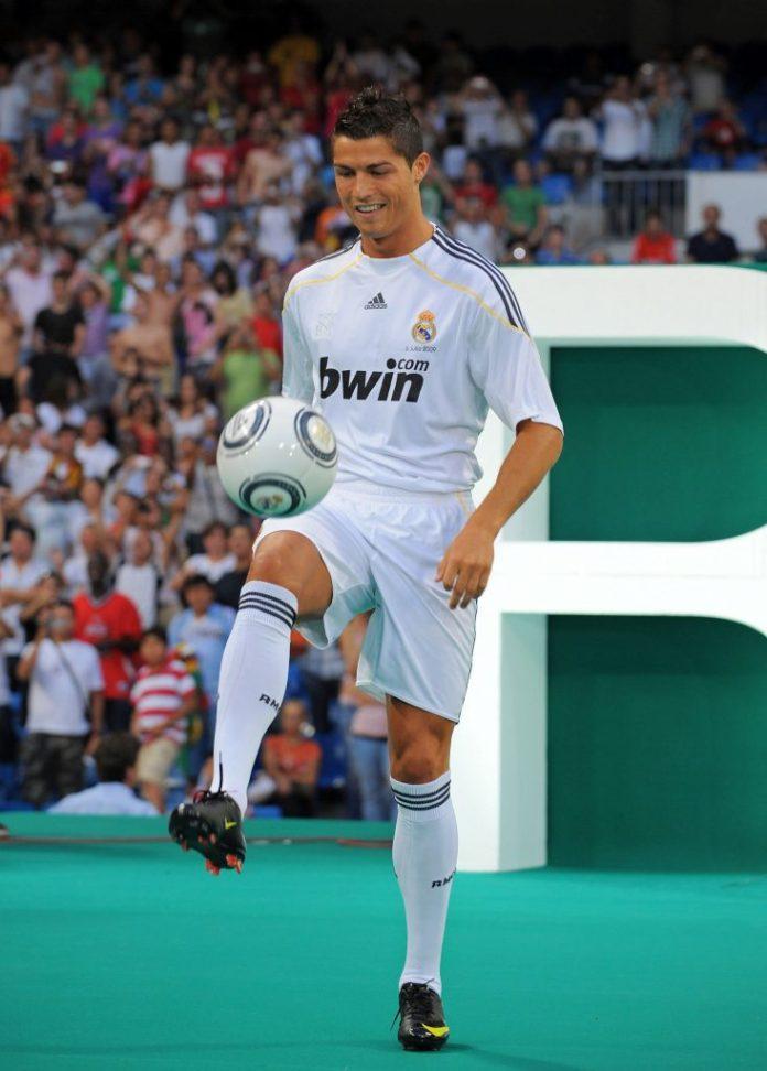 VREMEPLOV Genije Ronaldo i pisanje istorije pre tačno 10 godina