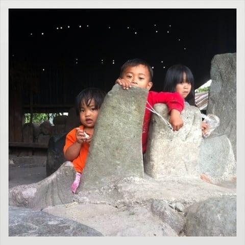 niños de Batad, Banaue, Filipinas