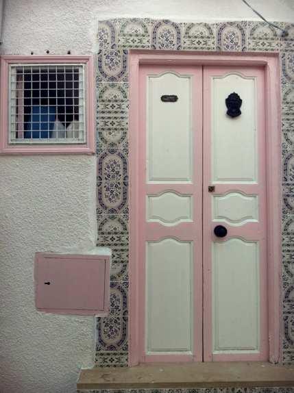 Puertas de colores en Sousse, Túnez