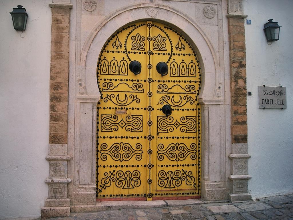 Puertas de colores, Túnez