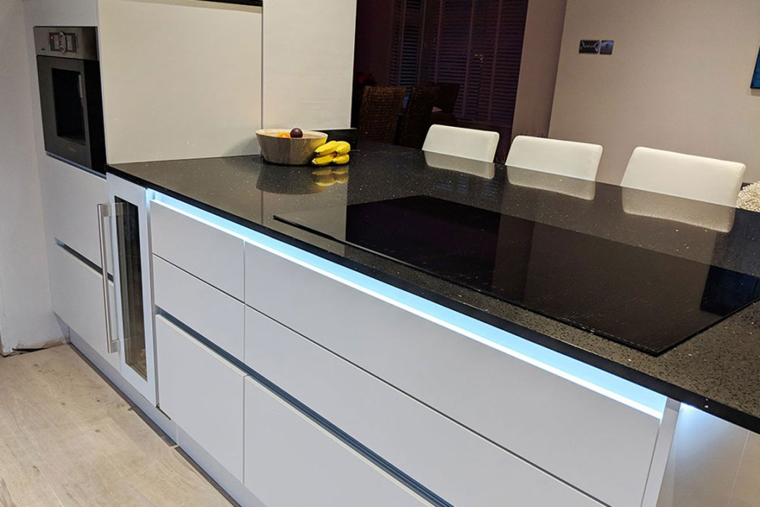 Porter Second Nature Kitchen - Fitted kitchen designed and installed by Meridien Interiors