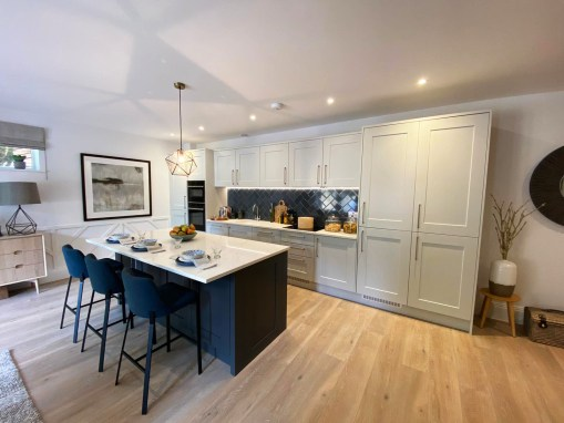 Timeless Traditional Style Kitchen in Poole