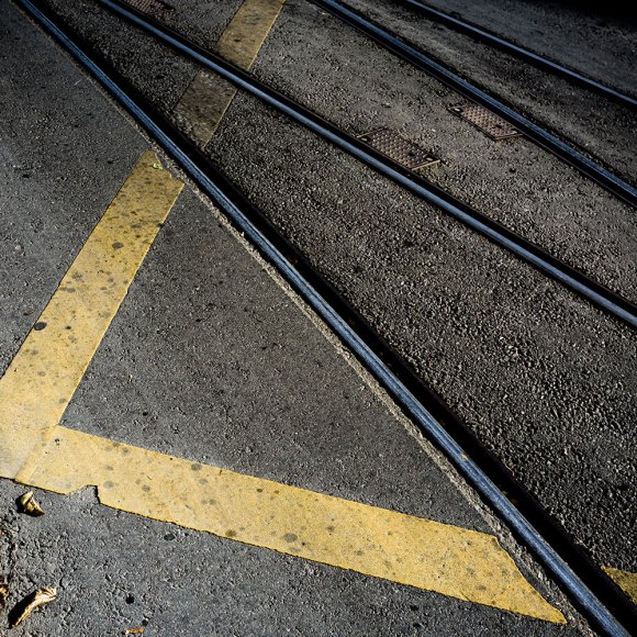 rail-abstract-color