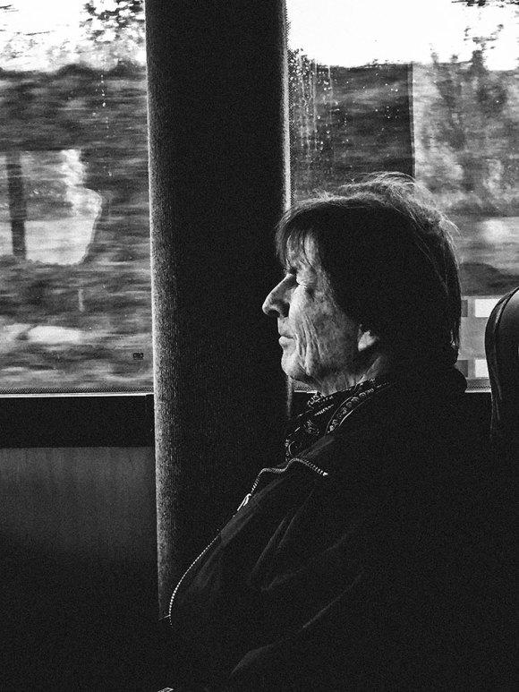 portratt-profil-buss-1600