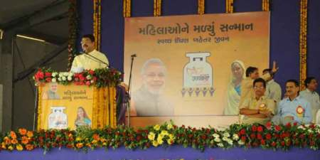 5 crore gas connections are to be provided to poor in next three years.
