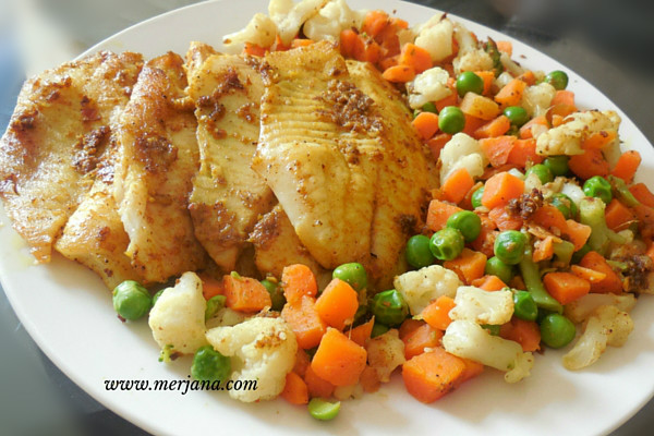 Fish with Steamed Vegetables