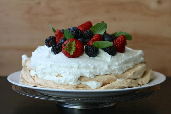 Pavlova With Berries Recipe