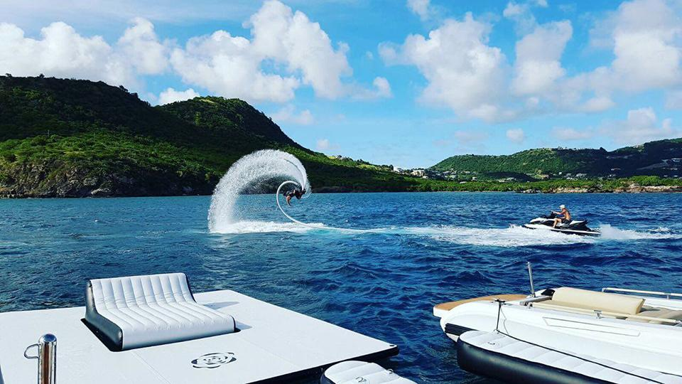 YACHT WITH A FLYBOARD SEARCH TOYS ON CHARTER YACHTS
