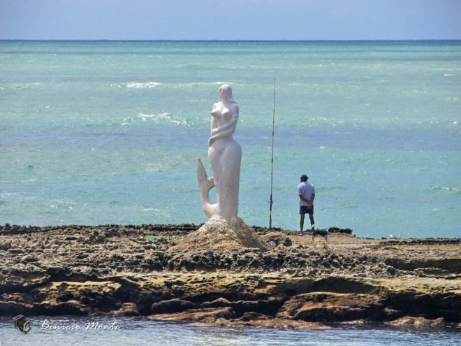 Praia de Sereia Mermaid Sculpture