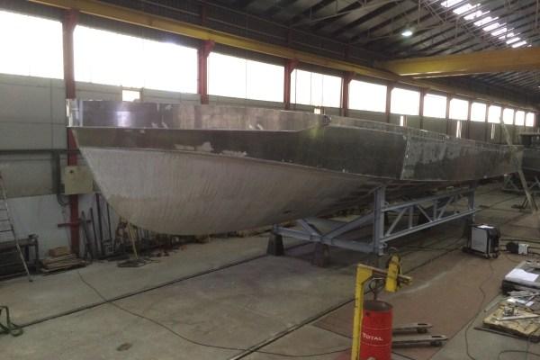 Construction de deux vedettes de pilotage SEEM 20-1430AL
